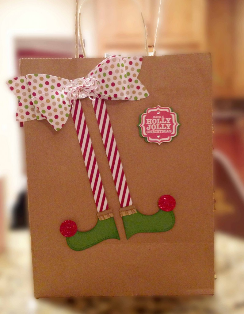 Cute paper elf feet wrapping